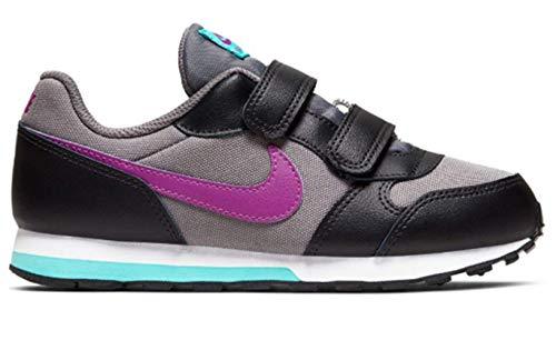 Nike Boys MD Runner 2 (PS) Pre-School Shoe, Zapatillas de Atletismo para Niños, Multicolor (Gunsmoke/Hyper Violet/Black/Aurora Green 018), 27.5 EU