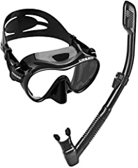 Frameless mask with single lens design, tempered glass lens for extra durability. Ultra clear lens for vivid colors, soft and comfortable mask skirt, low volume design. It features push button buckle for easy strap adjustments, wide field of vision. ...