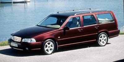 1999 Volvo V70, A 5-Door Wagon ...
