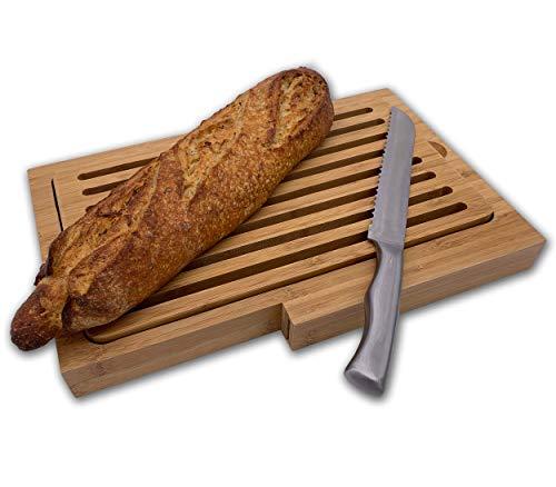 PlusMoment Brotschneidebrett, praktisches Brotbrett mit Messer aus Edelstahl, Krümelrost, Bambus