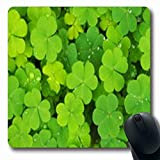 Luancrop Mousepads Irische grüne Klee-kleine gelbe Feiertags-Blumen-Mikroklee-Natur-Feld-längliches Spiel Mousepad rutschfeste Gummimatte