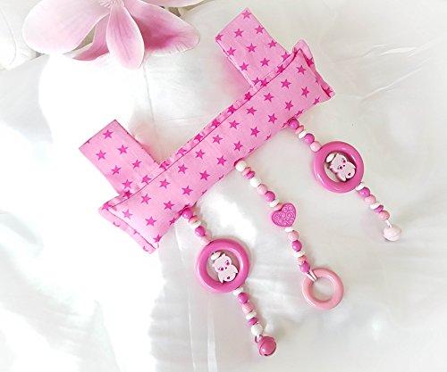Baby mobiele clip voor de draaggreep van de babyschaal of wip. Bunt roze, uil, hart