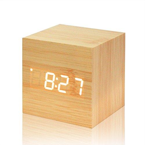 Sunjuly Cube Houten wekker, LED, hout, digitale klok met datumweergave 12/24 uur (bruin), 68 x 68 x 68 mm, hout bruin Bois de bambou Mot Blanc