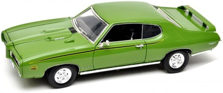 1969 Pontiac GTO Judge Grün 1 18 by Motormax 73133