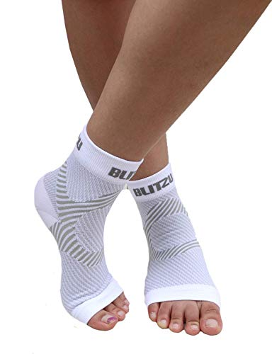 BLITZU Plantar Fasciitis Compression Socks For Women & Men - Best Ankle and Nano Sleeve For Everyday Use - Provides Foot & Arch Support. Heel Pain, and Achilles Tendonitis Relief. WHITE S/M