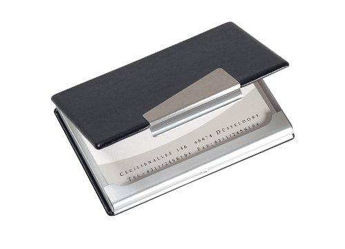 Estuche con óptica a combinación de cuero y aluminio. El elemento metálico proporciona un aspecto elegante. Muy liviano debido al material de aluminio. Depósito seguro y protección óptima para sus tarjetas. Capacidad: 20 tarjetas (màx. 90 x 58 mm)