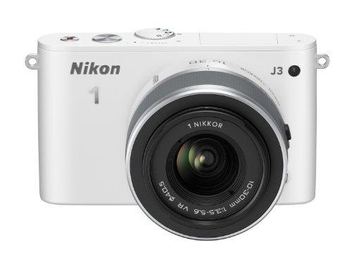 Nikon 1 J3 Systemkamera (14 Megapixel, 7,5 cm (3 Zoll) LCD-Display, Full HD) Kit inkl. 1 Nikkor 10-30 mm VR-Objektiv weiß