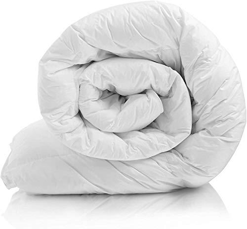 Melunda Bettdecke 155x220 cm, Steppbettdecke antiallergisch für Allergiker, Weiche & Warme Ganzjahresdecke, Steppdecke atmungsaktiv