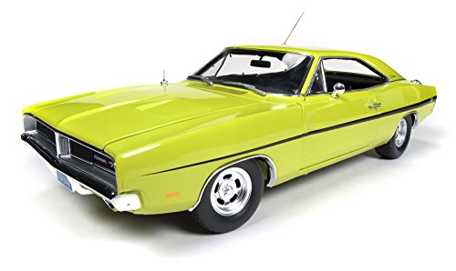 1969 Dodge Charger R/T Dirty Mary Crazy Larry 1:18 Auto World ERTL AWSS101