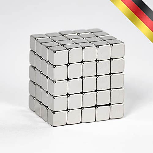 Premium Neodym Magnet Würfel in BOX von Centra24 - 100 Stück starke Mini Magnete 5 x 5 x 5 mm, N35 - für Whiteboard, Kühlschrank, Magnettafel uvm.