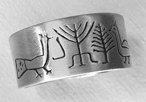 PEACOCKS 1: Handgearbeiteter verstellbarer unisex-Silberring, der mit einer Zeichnung einer Spüle aus dem 5. Jahrhundert aus Spanien geschnitzt ist