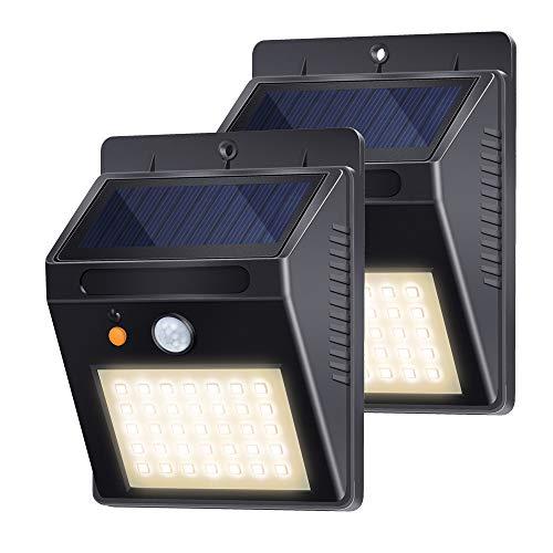 Luces Solares Jardín, Lámpara Solar Exterior 35LED 500lm 120° Sensor de Movimiento Foco Solar IP65 Impermeable con 3 Modos Inteligentes para Jardín, Garaje, Camino, Patio (2 Pack, Blanco Cálido 3000K)