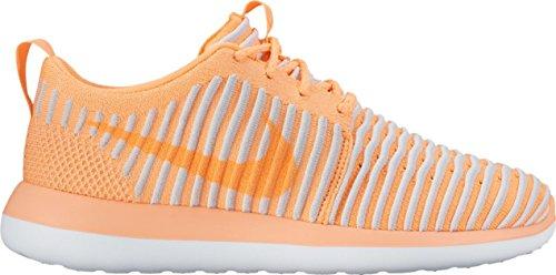 Nike Damen Roshe Two Flyknit Leichtathletik-Schuh, Orange Pfirsichcreme Pfirsichcreme Pures Platin, 41 EU