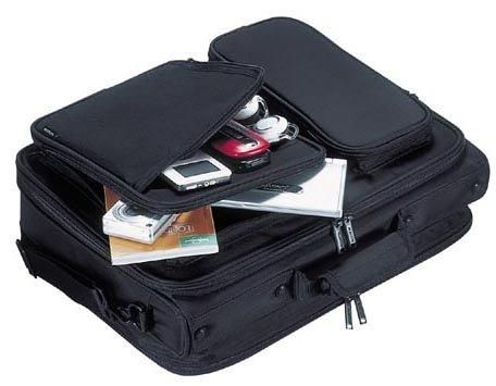 『エレコム ビジネスバッグ キャリングバッグ A4対応 16.4インチ ワイド クラムシェルタイプ ブラック BM-SA04BK』の7枚目の画像