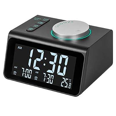 ⏰ 【Reloj Despertador Con Radio FM】 El radio reloj digital FM puede elegir la estación de frecuencia de 87.5 a 108 MHz, también puede configurar FM como sus tonos de llamada para despertarse. La estación de radio de escaneo automático puede guardar ha...
