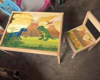 MakeThisMine Juego de mesa para niños y 1 silla personalizable, diseño de dinosaurio DIno2 T-rex