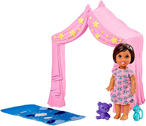 Barbie Skipper Babysitters Inc. Doll Playset Includes Small Toddler Doll, Pink Tent and Cloud-Print Sleeping Bag, Plus Bottle and Teddy Bear, Gift for 3 to 7 Year Olds