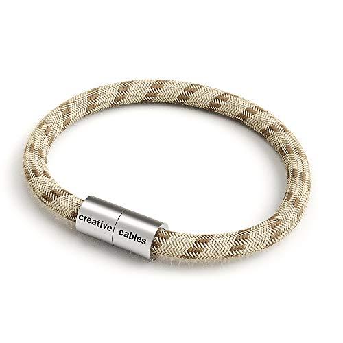creative cables Armband mit Magnetverschluss und Textilkabel - L-21 cm, Baumwolle-Leinen Rindenfarben Natürliche