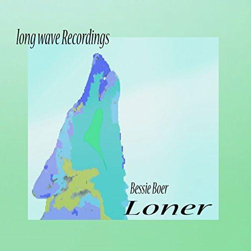 Long wave Recordings, Bessie Boer