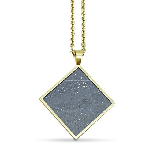 KAALEE® Square Halskette Gold Kork (64cm)   Charcoal Grau Grey   Vergoldet Nickelfrei   Damen Kette mit Anhänger Quadrat Holz - Made in Germany - inkl nachhaltiger Geschenk Box