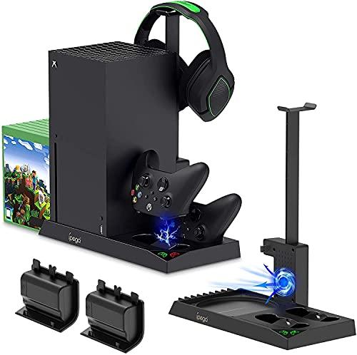 TwiHill Suporte de carregamento com ventilador de resfriamento para console e controlador Xbox Series X, acessórios de estação de carregador duplo vertical com tampa e bateria recarregável de 2 x 1400mAh, suporte de fone de ouvido e 10 slots de jogo