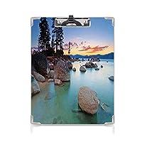 キングジム:クリップボード カラー A4判タテ型 湖 会議資料など挟 石の海の地平線絶妙な太陽のビームと反射ロマンチックな海岸沿岸のテーマブルーグレー