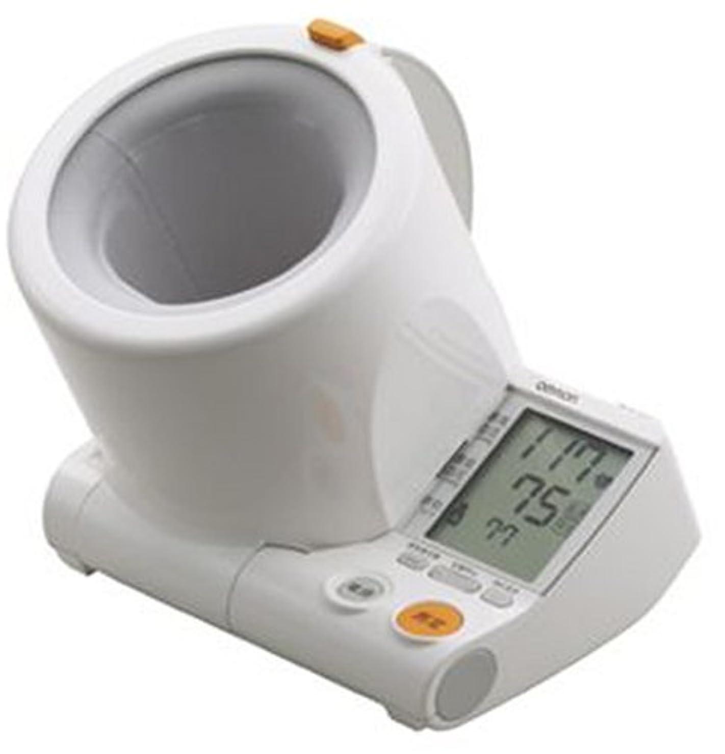 割り当てます便利さ固めるOMRON スポットアーム デジタル自動血圧計 HEM-1000