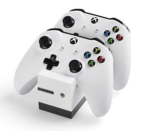 snakebyte Xbox One TWIN:CHARGE X - weiß – Ladegerät/Ladestation für Xbox One S/Xbox One X/Xbox One Elite Controller/Gamepads, 2 Akkus Wiederaufladbar 800mAh, Dual Kanal Charge, LED-Ladezustandanzeige