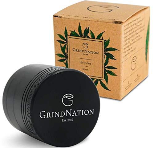 GrindNation Pocket Grinder Mini ø 40mm | 4-teilig | Aluminium | Scharfes Mahlwerk und Starker Magnet | mehrere Farben verfügbar | inkl. Pollenschaber (Schwarz)
