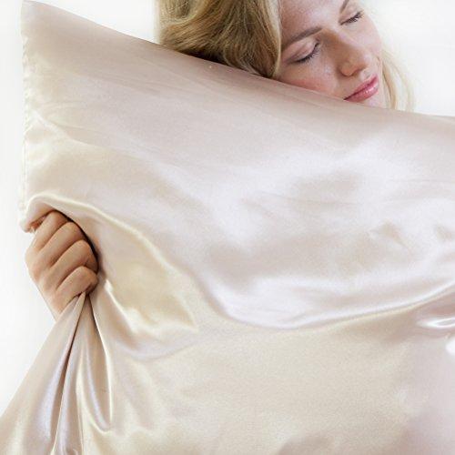 Satin Beauty Pillow - der Satin Kissenbezug für glänzendes Haar und strahlende Haut, Champagner, 80 x 40 cm