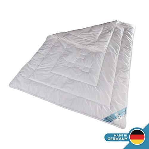 Schlafmond Aktimed Allergiker Ganzjahresdecke 135 x 200 cm, Bettdecke aus Naturfasern für Verschiedene Jahreszeiten, Steppdecke waschbar bis 60 Grad, Made in Germany