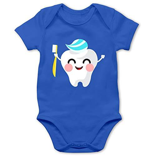 Shirtracer Anlässe Baby - Zahnfee mit Zahnpasta - 6/12 Monate - Royalblau - Strampler Baby Zahn - BZ10 - Baby Body Kurzarm für Jungen und Mädchen
