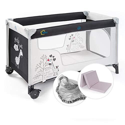 Fillikid Baby Reisebett Set mit Matratze und Moskitonetz - Kinder Babyreisebett mit Rollen und Tasche - Giraffe - Schwarz Weiß