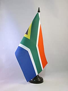 AZ FLAG South Africa Table Flag 5'' x 8'' - South African Desk Flag 21 x 14 cm - Black Plastic Stick and Base