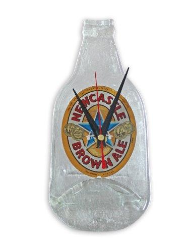 BottleClock - Reloj de pared, diseño de botellín de cerveza Newcastle Brown