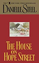 [(The House on Hope Street)] [By (author) Danielle Steel] published on (July, 2001)