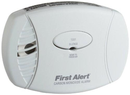 First Alert Co605Monoxyde de Carbone Plug-in Alarme avec Batterie de Secours, Lot de 2