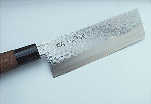 TOKYO design studio Nakiri-Messer mit Hammerschlag-Optik, Gemüse-Messer, 160 mm Klingenlänge, rostfreier japanischer Messer-Stahl, beidseitig geschliffen, mit Holzgriff, Original Made in Japan