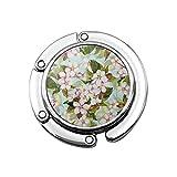Nahtloses Blumenmuster mit weißem Obstbaum, Kirschblüten auf blauem Himmel, Aquarellkunst,...