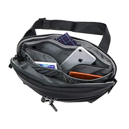 41ScRZpuMYL-Aerのボディバッグ「AER Day Sling 2」をレビュー!小さいクセにいろいろ入って便利です。