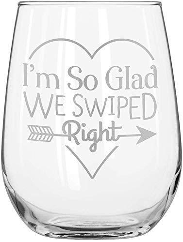 Geboren voor-Anime (15 Ounce - Nooit vervagen Laser-Gegraveerde Rode Wijnglas Alles geëtst Gepersonaliseerd Wit Wijnglas met Graveren Ik ben zo blij dat we naar rechts veegden - Monogram op Glas