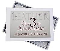 白い綿のCARDS今年、小さなアルバム、グリッター&単語の第三レザー周年の思い出、ウッドホワイト、12.5x17.5x2.5センチ