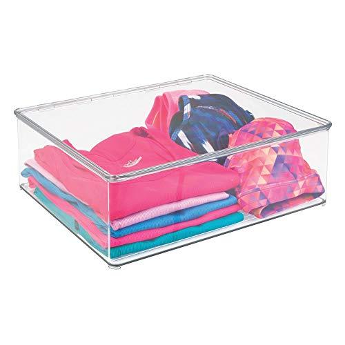 mDesign Cajas para guardar ropa apilables y con tapa – Prácticas cajas de almacenaje para armarios – Cajas de plástico para ropa