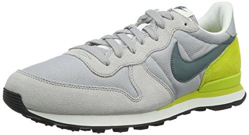 Nike Internationalist, Scarpe da Ginnastica Uomo, Grigio (Wolf Grey/Hasta Bright Cactus), 45.5 EU