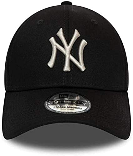New Era Essential 3930 New York Yankees Cap Black
