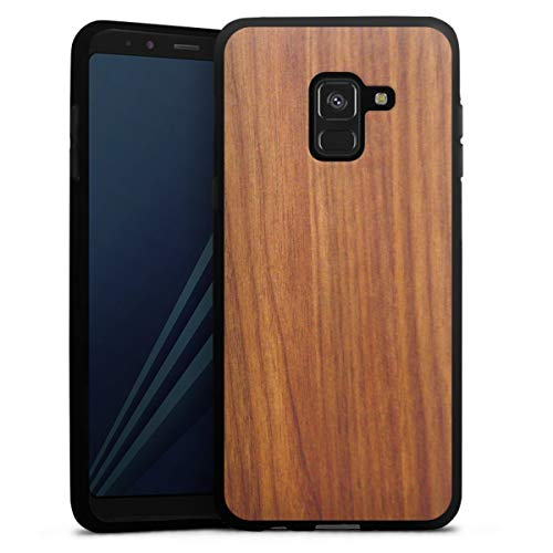 DeinDesign Silikon Hülle kompatibel mit Samsung Galaxy A8 Duos 2018 Hülle schwarz Handyhülle Holzoptik Lärche Holz