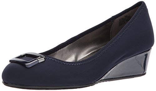 Bandolino Footwear Women's Tad Pump, Navy, 9.5