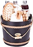 BRUBAKER Cosmetics Wellness Badeset - Schokoladen Duft - 9-teiliges Geschenkset mit Pflege- und Massage Accessoires im dekorativen Badefass