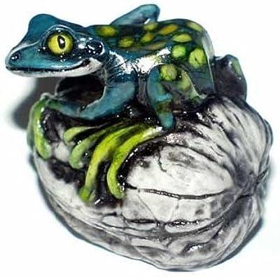 Fragile World By Harmony Kingdom Artistic Director Martin Perry - Frog on Walnut blue