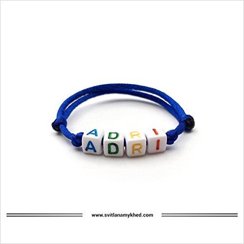Pulsera personalizada ADRI con letra del alfabeto; Joyas con nombre, mensaje, logo, inicial para hombre. (reversible, personalizable) para adultos y niños